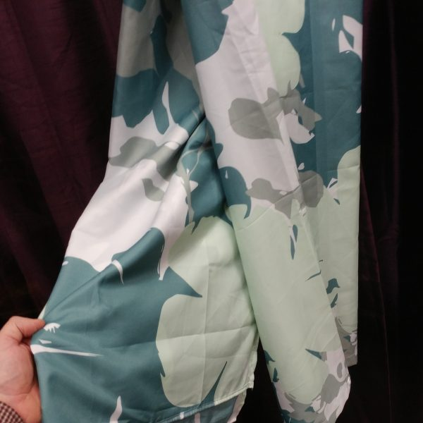 NWOT Hometrends Shower Curtain